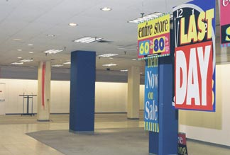 Lazarus closing what do we have now in columbus after a year without downtown lazarus city center mall whose halls once gleamed with henri bendel jacobsons and marshall sciox Choice Image